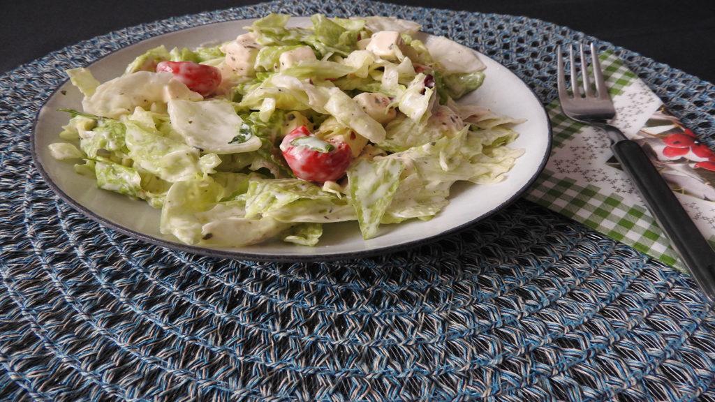 Antipasti-Salat mit Knoblauch auf Kochen-verstehen.de
