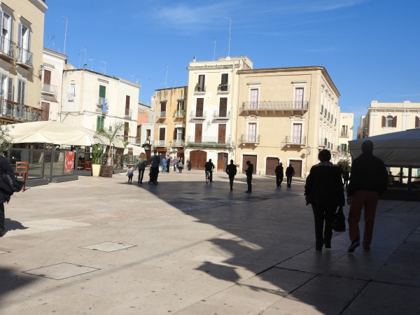 Bari - Hafen- und Studentenstadt an der Adria