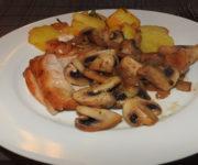 Bressehuhn mit Bratkartoffeln