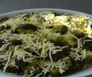 Brokkoli-Kartoffel-Käse-Auflauf