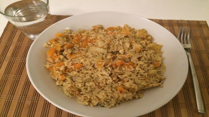 Curryreis mit Möhren und Zwiebeln auf Kochen-verstehen.de