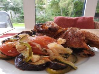 Gebackenes Hähnchen mit Backgemüse auf Kochen-verstehen.de