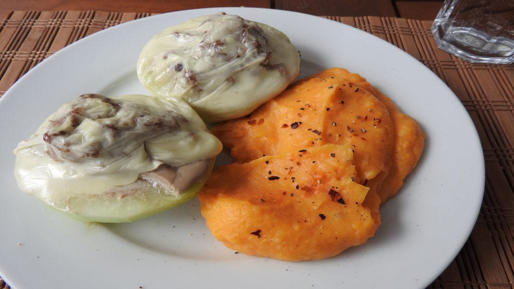 Gefüllter Kohlrabi mit Süßkartoffelbrei auf Kochen-verstehen.de
