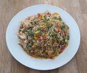 Hähnchen mit Paprika und Reis