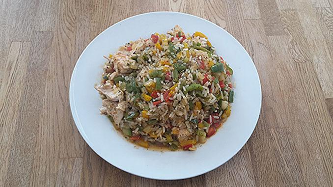 Hähnchen mit Paprika und Reis (Rezept mit Bild) auf Kochen-verstehen.de
