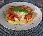 Hähnchen mit Kohlrabi und Reis