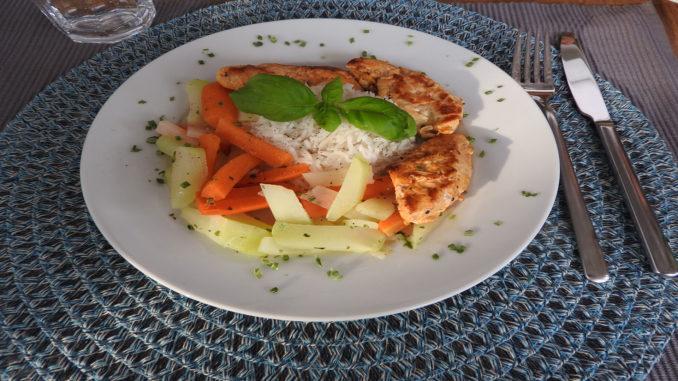 Hähnchen mit Kohlrabi und Reis auf Kochen-verstehen.de