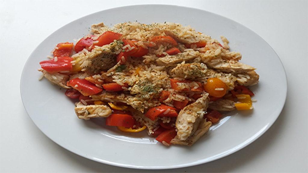 Hähnchen mit Reis und Cherrytomaten auf Kochen-verstehen.de