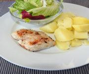 Pute mit Kartoffeln und Salat