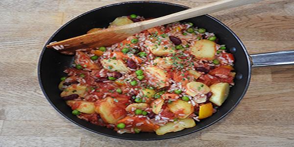 Kartoffelpfanne mit Erbsen und Bohnen