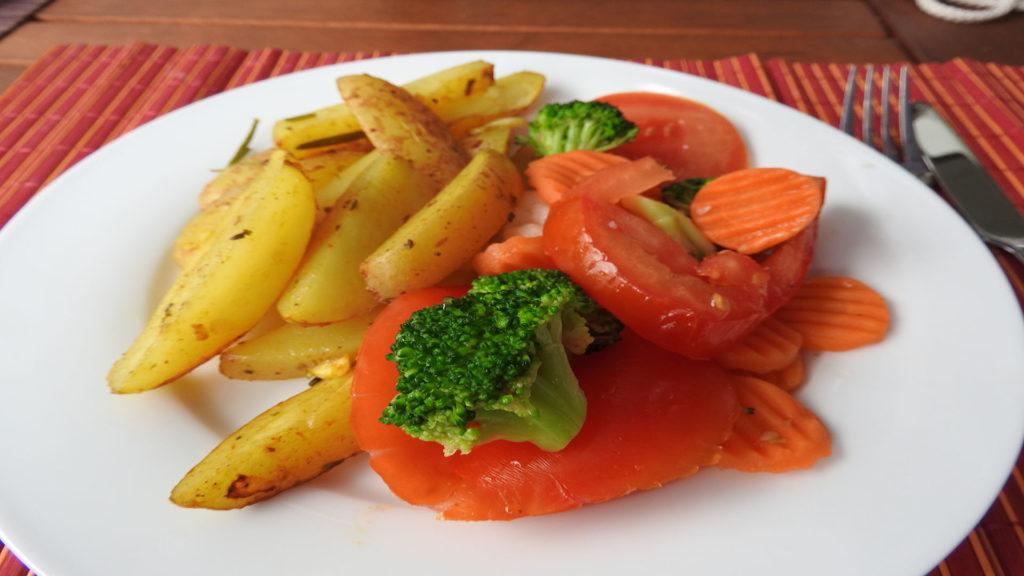 Kartoffelspalten mit Kaisergemüse auf Kochen-verstehen.de