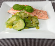 Lachs mit Zucchini und Lauch