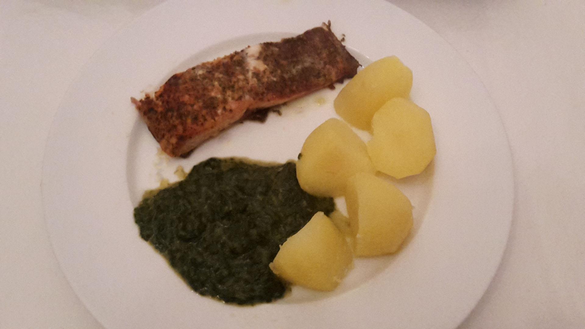 Lachs Toskana mit Spinat und Kartoffeln auf Kochen-verstehen.de