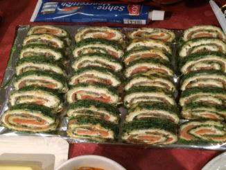 Lachsrolle mit Frischkäse und Spinat auf Kochen-verstehen.de