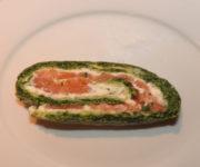 Lachsrolle mit Spinat und Frischkäse