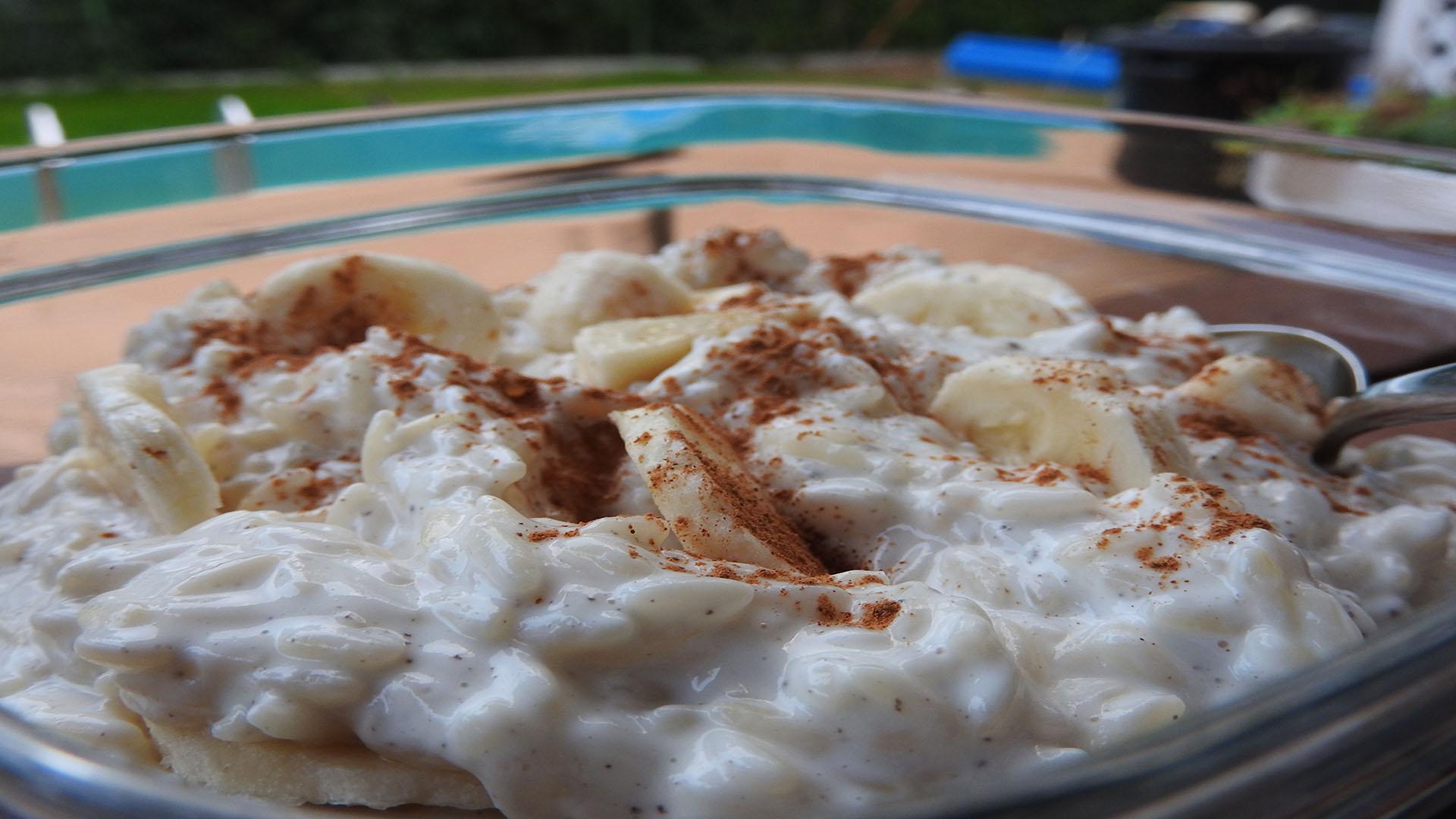Milchreis mit Proteinpulver und Magerquark