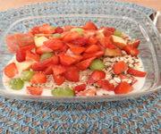 Müsli mit Erdbeeren