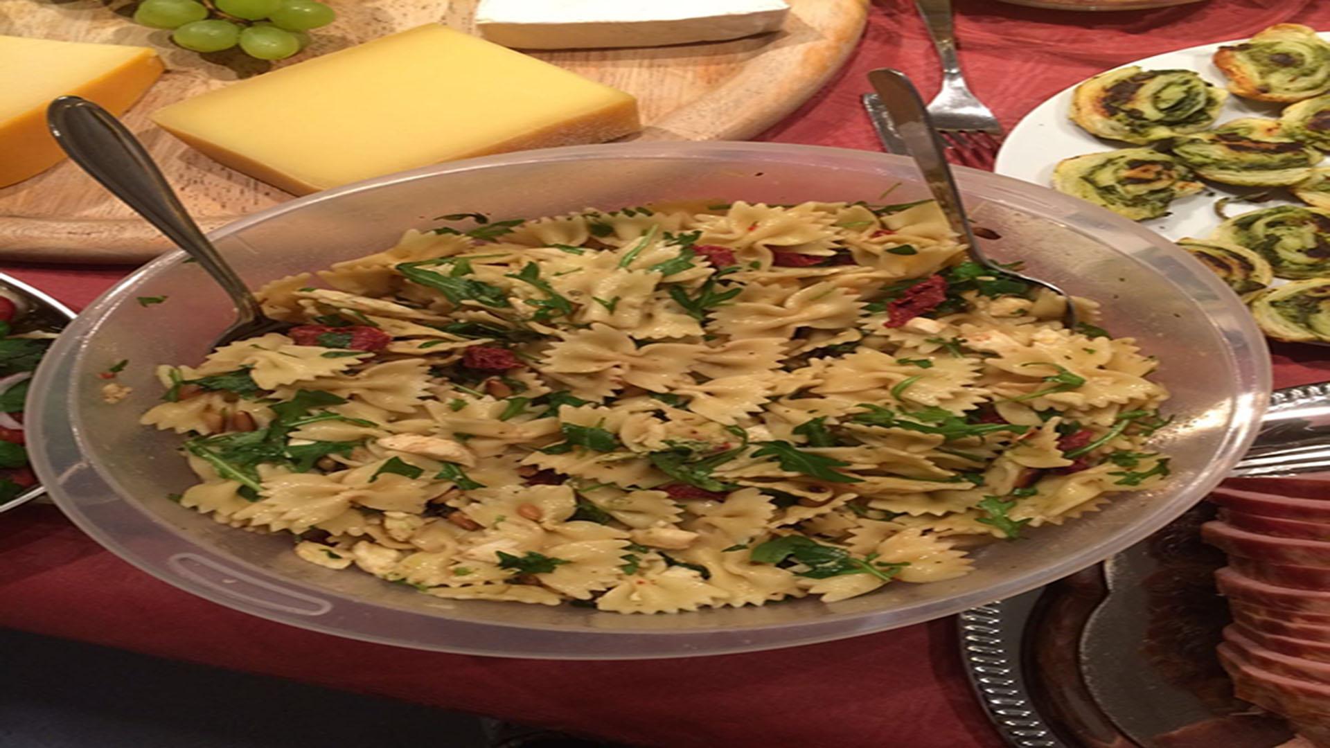 Nudelsalat mit Rucola und Tomaten (Rezept mit Bild) auf Kochen-verstehen.de