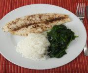 Pangasius mit Reis und Spinat