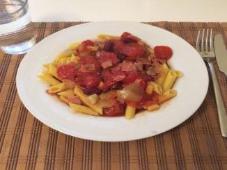 Penne mit Tomatensauce auf Kochen-verstehen.de