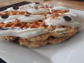Protein-Waffeln mit Magerquark-Creme auf Kochen-verstehen.de