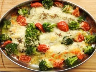 Putenschnitzel mit Brokkoli und Kirschtomaten (Rezept mit Video) auf Kochen-verstehen.de