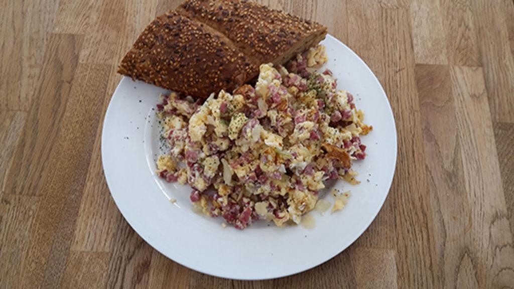 Rührei mit Schinken (Rezept mit Bild) auf Kochen-verstehen.de