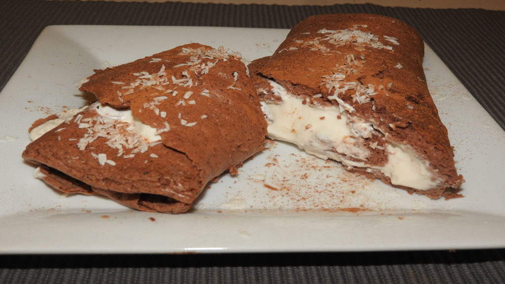 Schoko-Protein-Biskuitrolle auf Kochen-verstehen.de