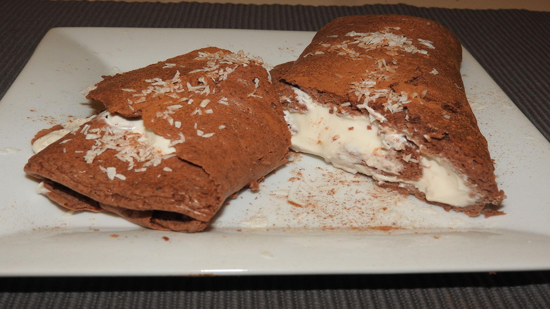 Schoko-Protein-Biskuitrolle