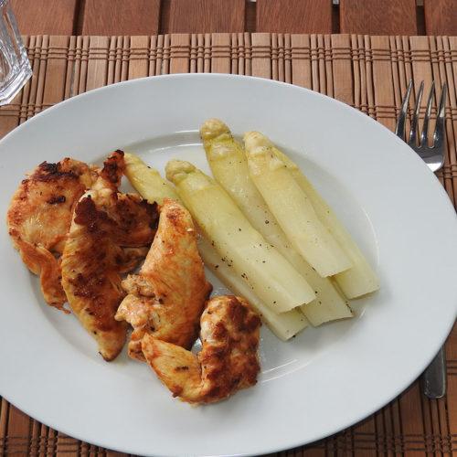 Spargel mit Putenbrust auf Kochen-verstehen.de