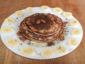 Vanille-Pancake mit Banane auf Kochen-verstehen.de