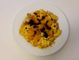 Vanille-Rührei mit Mandarinen und Heidelbeeren (Rezept mit Bild) auf Kochen-verstehen.de