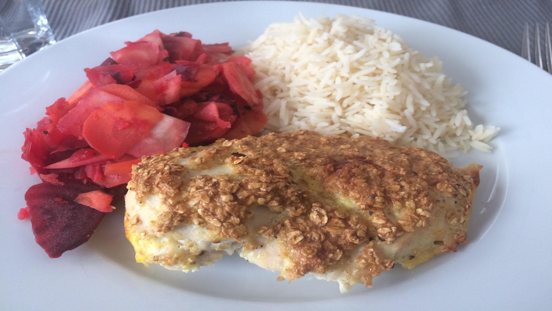 Vollkorn-Hähnchen mit Reis und Pastinakenpfanne auf Kochen-verstehen.de